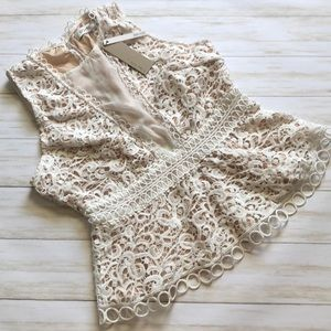 Do & Be Crochet Top Size 16 NWT